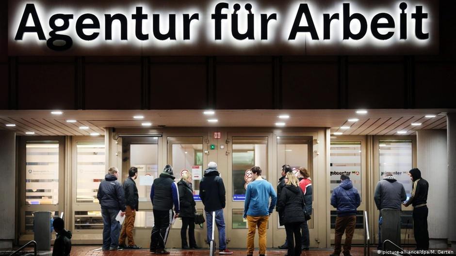 يصعب على اللاجئين الكبار سنا العثور على عمل في ألمانيا