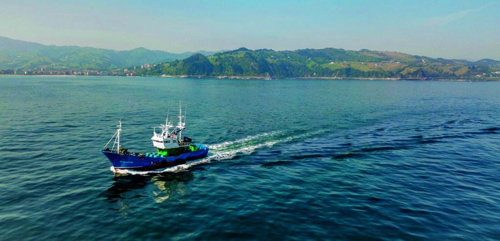 Le navire humanitaire Aita Mari va débarquer en Sicile. Crédit : Aita Mari