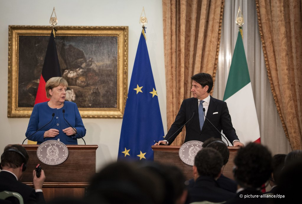 German Chancellor Angela Merkel and Italian Prime Minister Giuseppe Conte hold a joint press conference in Rome on November 11th, 2019 | Photo: picture-alliance/NurPhoto/J. Landi