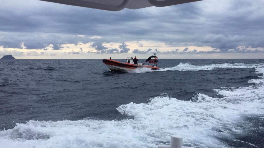 Opération de sauvetage au large de la Sardaigne. Crédit : guardiacostiera.gov.it