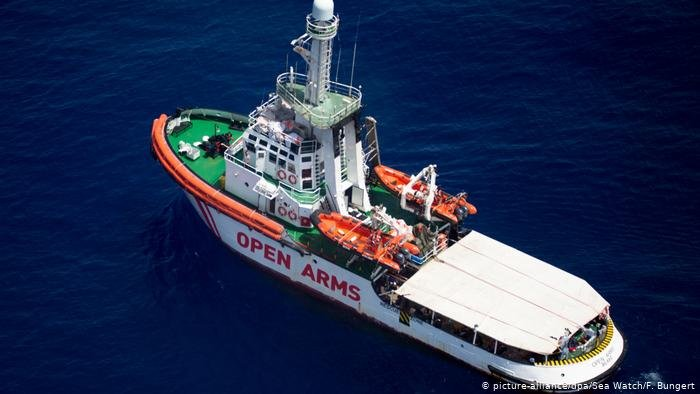 The Open Arms was given permission to enter Italian waters | Photo: Picture-alliance/dpa/Sea Watch/F. Bungert