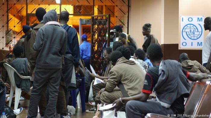 A leur arrivée en Guinée, les migrants rapatriés sont pris en charge par l'OIM / Lucas Chandellier, OIM