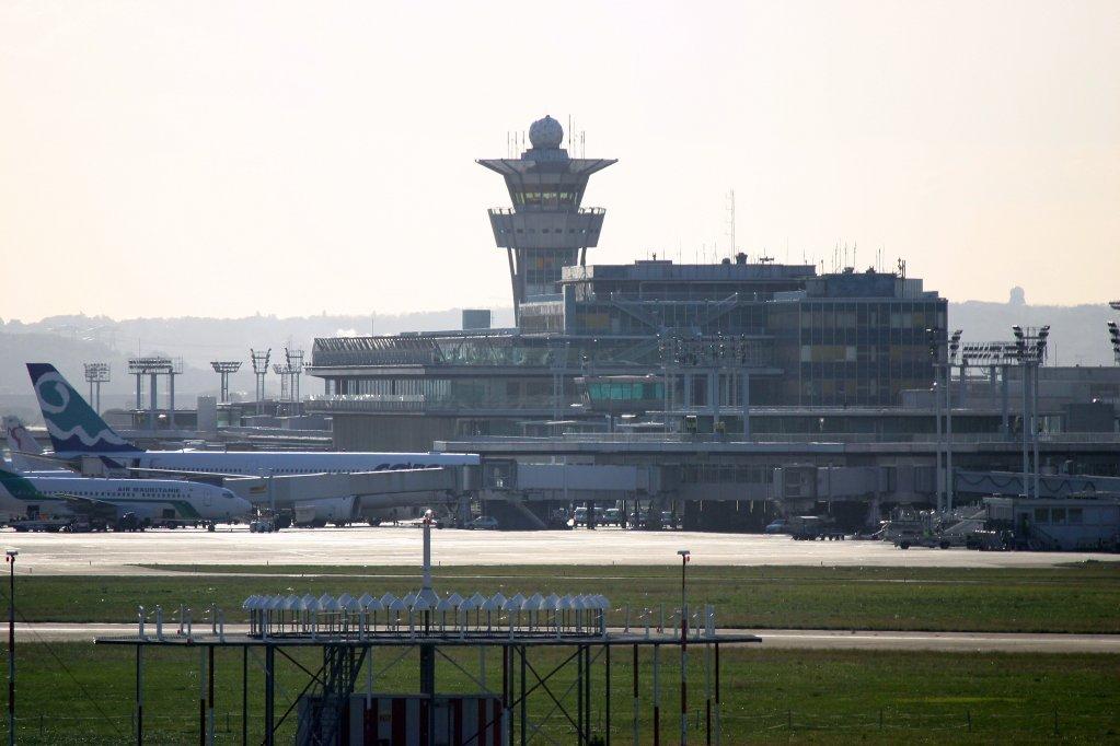مطار أورلي جنوب باريس