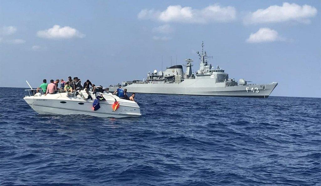 المركب الذي أنقذته قوات حفظ السلام الدولية في المياه الإقليمية اللبنانية في 12 تشرين الأول/أكتوبر الماضي. أرشيف