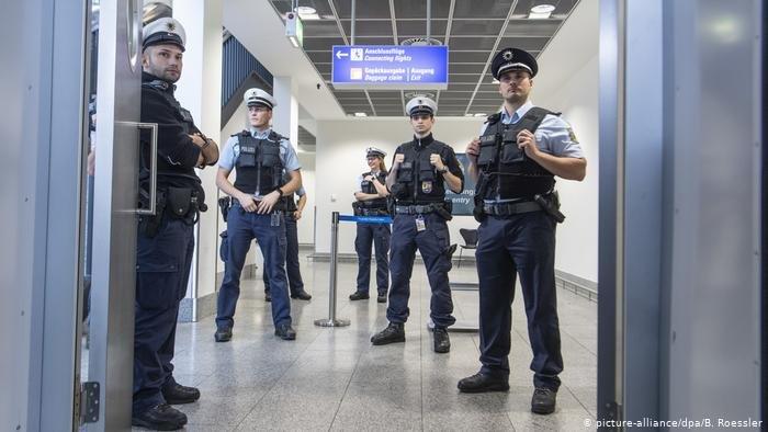 الداخلية الألمانية: التنميط العنصري محظور في الممارسة الشرطية