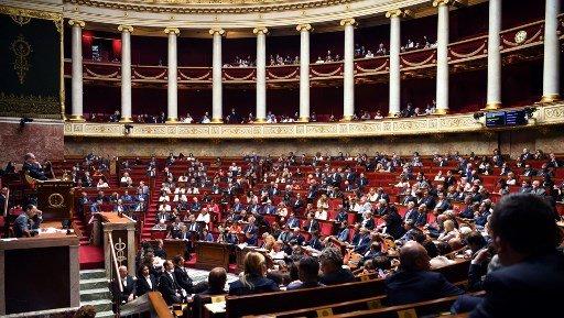 ERIC FEFERBERG / AFP |Le débat sur l'immigration s'ouvrira lundi après-midi 7 octobre à l'Assemblée nationale et se poursuivra mercredi au Sénat.