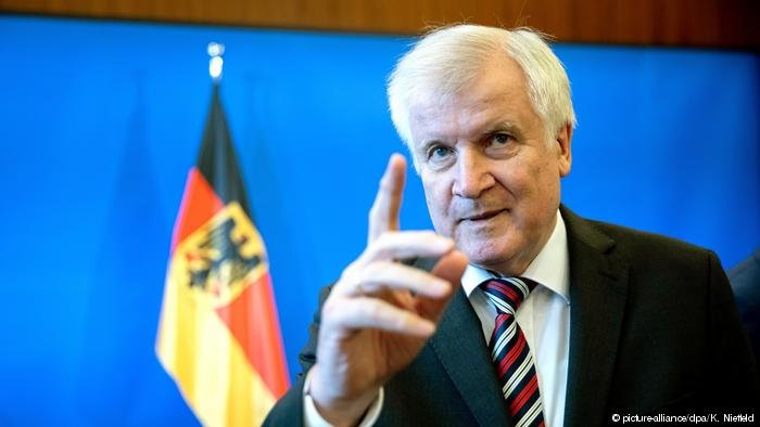 Germany's Interior Minister Horst Seehofer | Photo: Picture-alliance/dpa/K.Nietteld