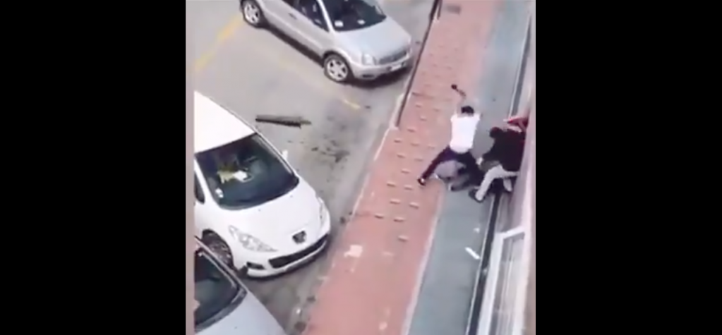 Screenshot of video footage showing the brutal assault on Musa Balde in Ventimiglia on May 9, 2021 | Source: YouTube