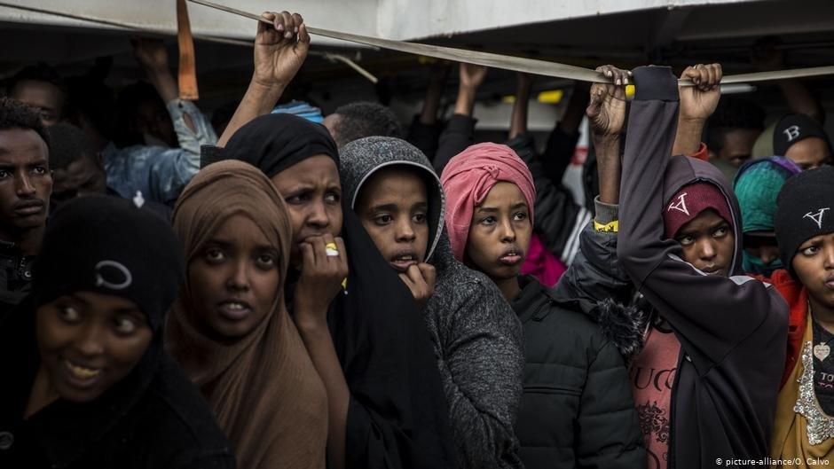 """سازمان غیر دولتی """"پرو اکتیف آرمس"""" این مهاجرین را در سال ۲۰۱۸ در بحیره مدیترانه از آب بیرون کشید."""