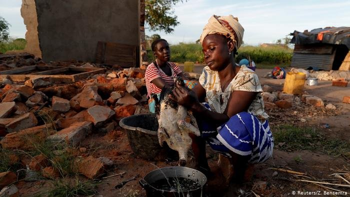 Life after flooding in Mozambique | Photo: Reuters/Z. Bensemra