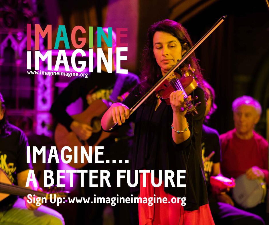 للمشاركة في مبادرة فيديو الموسيقى العالمي، يمكن الاشتراك عبر الانترنيت.