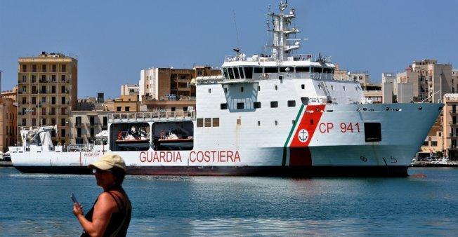 أ ف ب |سفينة ديتشيوتي ترسو في إحدى موانئ صقلية في 12 تموز/يوليو 2018.