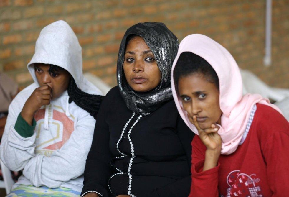 Ces demandeuses d'asile sont arrivées au centre de transit de Gashora au Rwanda en octobre 2019. Crédit : Reuters
