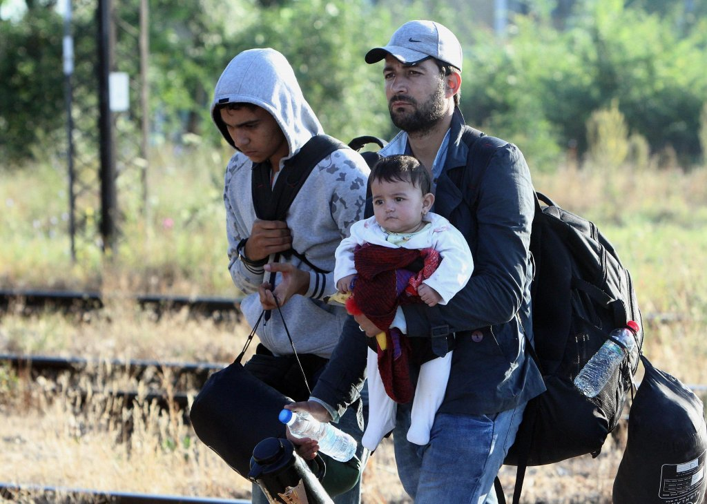 Migrants from Syria walking along the highway between Serbian Macedonian border directed in Bulgaria.  PHOTO/ARCHIVE/EPA/DJORDJE SAVIC