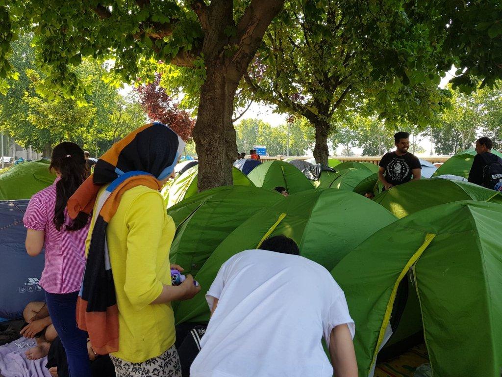 خیمههای مهاجران بی سرپناه در پورت دو برویلیه در شمال پاریس،  ٢٦ جون ٢٠١٩. عکس مهاجر نیوز
