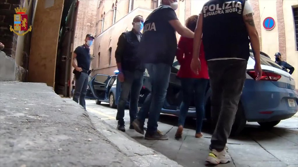 A police operation in Tuscany that led to the arrest of six people accused of being members of a transnational criminal organization that dealt in migrant trafficking | Photo: ANSA/POLIZIA DI STATO