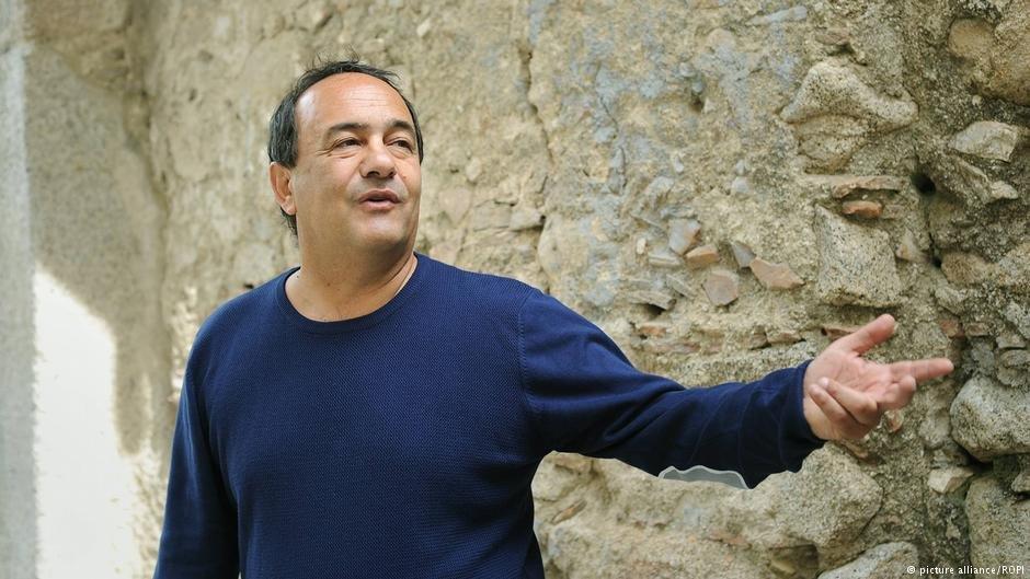 دومنیکو لوکانو، شهردار ریاچه