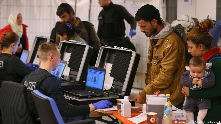 عکس از آرشیف/ در شش ماه نخست امسال بیش از ۵ هزار شهروند افغانستان در آلمان درخواست پناهندگی کرده اند.