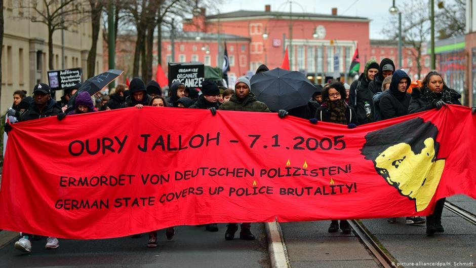 Rally in January alleging police violence in the case of Oury Jalloh | Photo: Picture-alliance/dpa/H.Schmidt