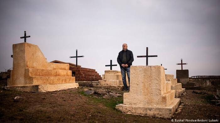 Euskal Fondoa/Andoni Lubaki |تشهد مجتمعات الأقلية المسيحية القديمة في شمال شرق سوريا كابوساً مرعباً
