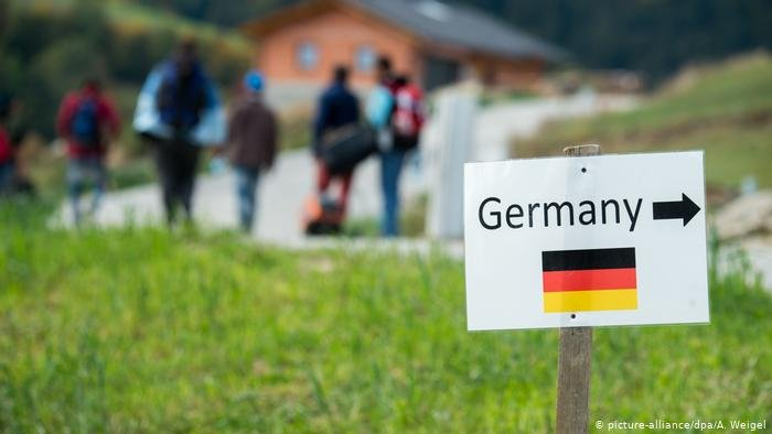 نصف الألمان مستاؤون من اللاجئين