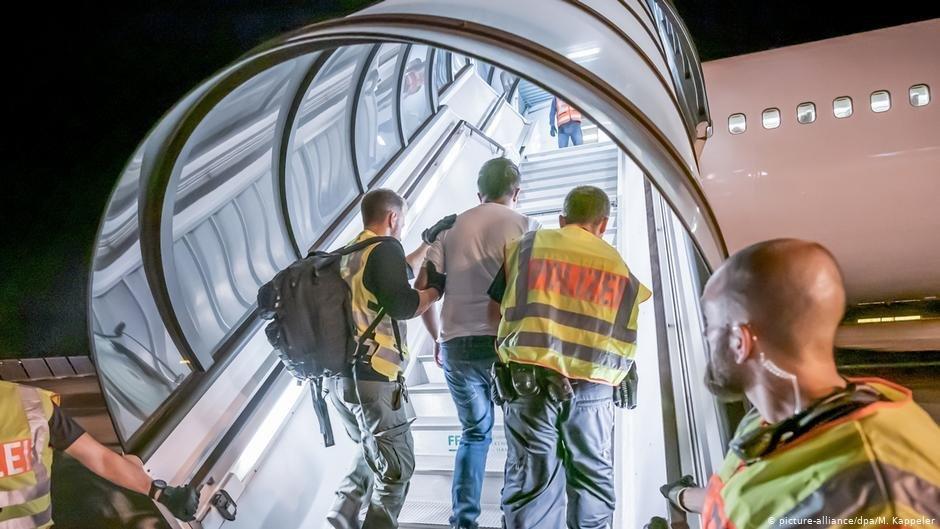 Les vols charter vers l'Afghanistan sont suspendus jusqu'à nouvel ordre | Photo: Picture-alliance/dpa/M.Kappeler