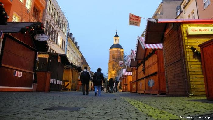 تغلق معظم المحلات في ألمانيا أيام الأحد والعطل بحسب القانون