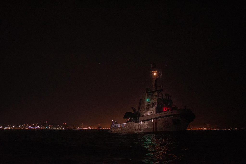 کشتی اوپن ارمز به روز چهارشنبه از بندر بارسلونا به سوی دریای مدیترانه حرکت کرد. عکس: اوپن ارمز