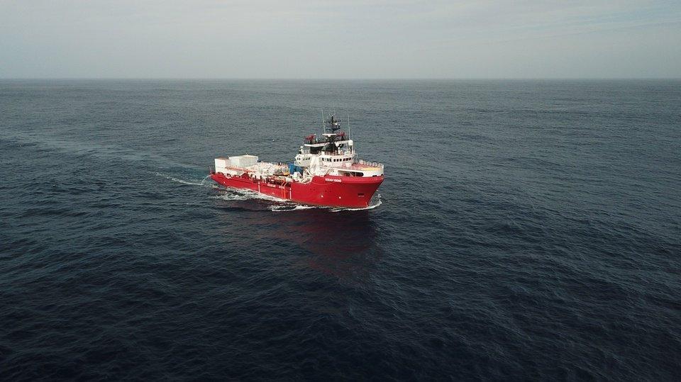 Les migrants secourus par l'Ocean Viking au large des côtes libyennes vont pouvoir débarquer en Sicile. Crédit : SOS Méditerranée
