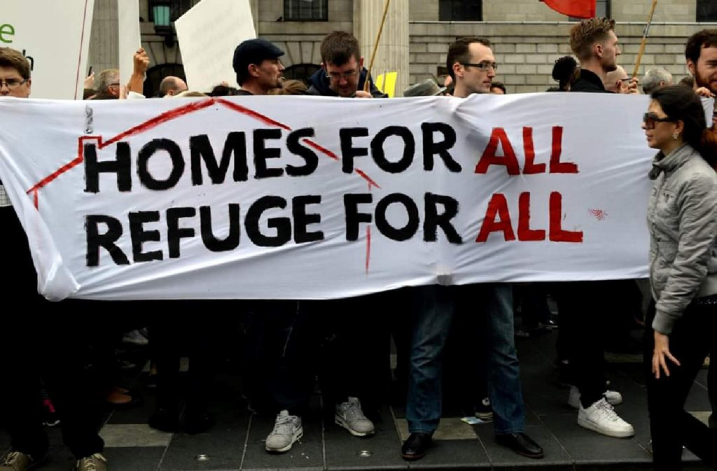 People rallying for refugees. Credit: Irish Refugee Council