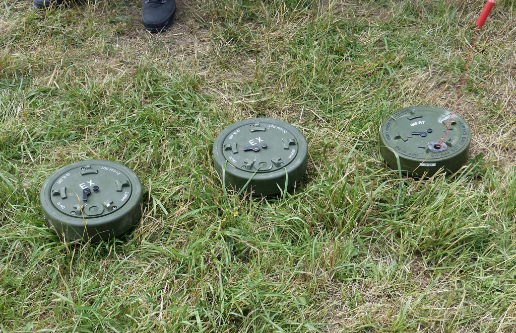 An example of anti-personnel mines | Source: Wikipedia