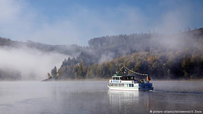 بحيرة هينه في ألمانيا