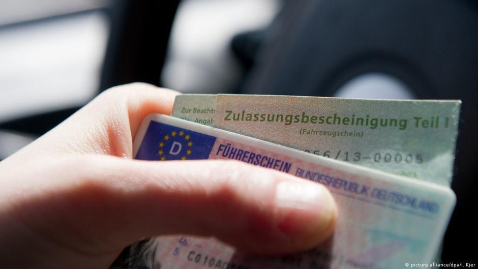 پناهجویان تلاش می کنند که با گرفتن جواز رانندگی در آلمان، شانس ورود به بازار کار را آسان سازند.