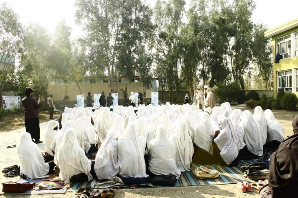 د طالبانو له راتګ راهیسې شاوخوا ۱۲۰ زره افغانان د بهرنیو هیوادونو له لوري له افغانستان څخه ایستل شوي دي. انځور: شکریه