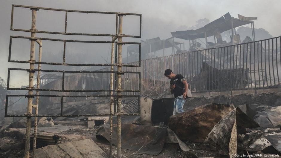 کمپ موریا پس از آتش سوزی ویرانگر/عکس: Getty Images/AFP/M. Lagoutaris