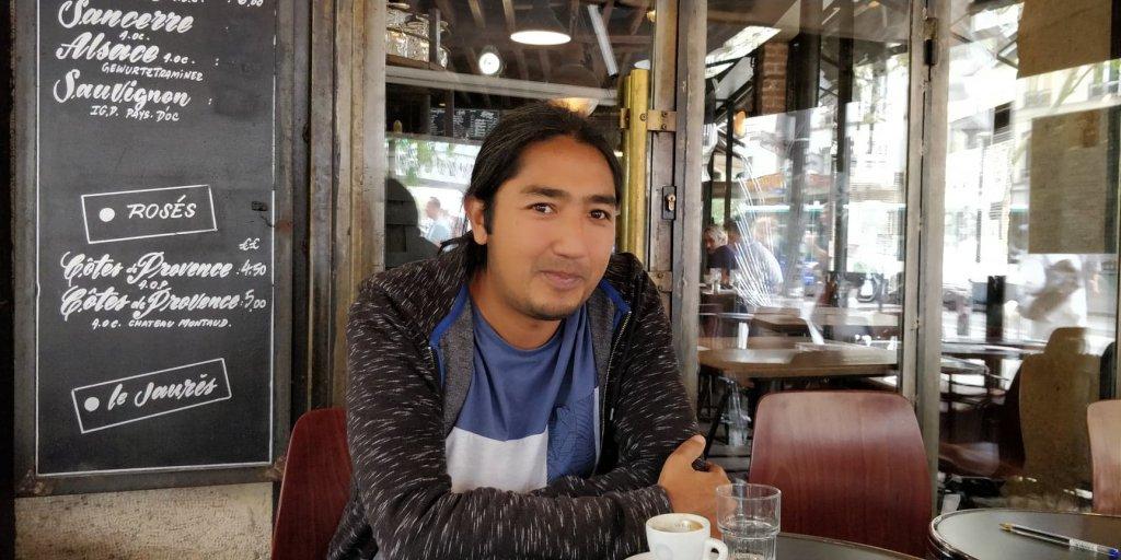 رضا صاحبداد، سینماگر و مستند ساز افغان. عکس از مهاجر نیوز