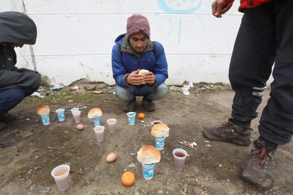 De nombreux migrants désireux de rejoindre l'ouest de l'Europe sont bloqués en Serbie dans des conditions épouvantables. Crédit : Reuters