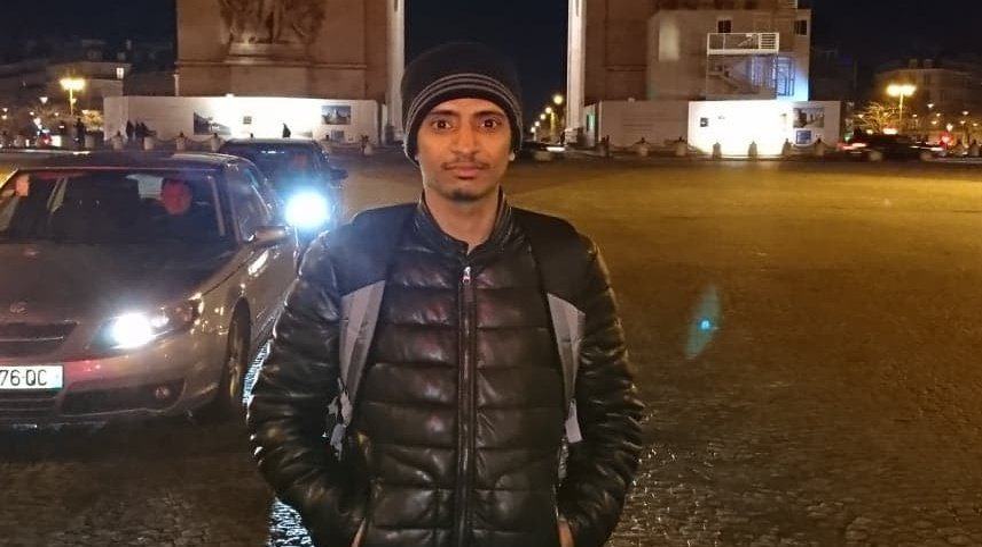 عبدو طالب لجوء يمني في باريس/ خاص