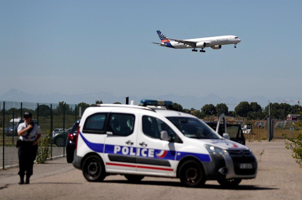 """La Cimade dénonce un """"enfermement abusif"""" des étrangers en centre de rétention. Crédit : Reuters"""