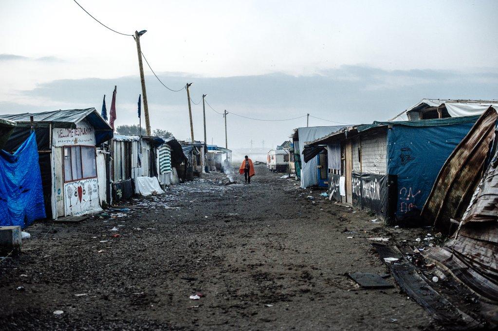 Le 25 octobre 2016, dans la jungle démantelée de Calais. Crédit : Louis Witter