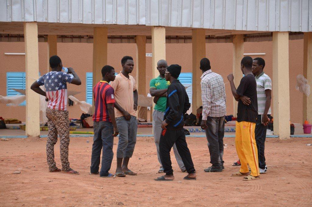 BOUREIMA HAMA / AFP |Des migrants dans un camp de transit à Agadez, au Niger (image d'illustration)