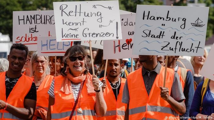 Marches in Hamburg calling for migrant sea recues