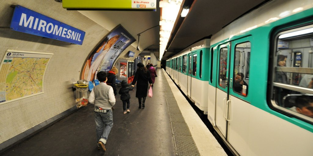 متروی پاریس. عکس از پیکسابی