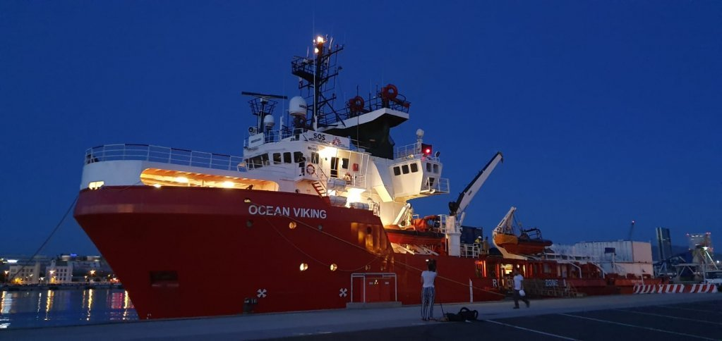 کشتی اوشن ویکنگ از ۲۲ جولای در بندر پورتو امپدوکل در جزیره سیسیل متوقف شده است. عکس آرشیف از داکتران بدون مرز