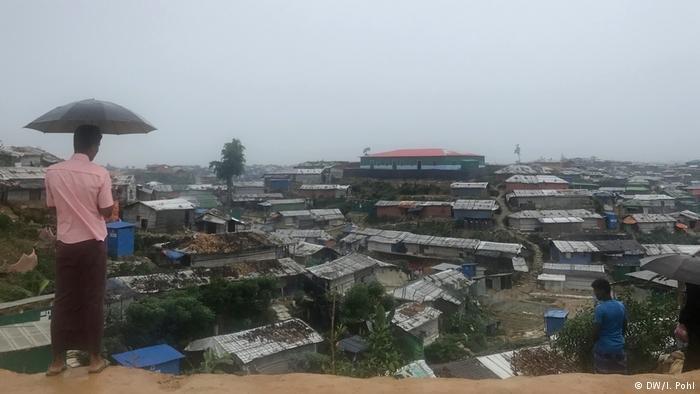 855 ألف لاجئ يعيشون في مخيم كوتوبلانغو في بنغلاديش والمخيم مغلق ويمنع الدخول إليه منذ شهر شباط/فبراير والظروف هناك كارثية حسب كاريتاس