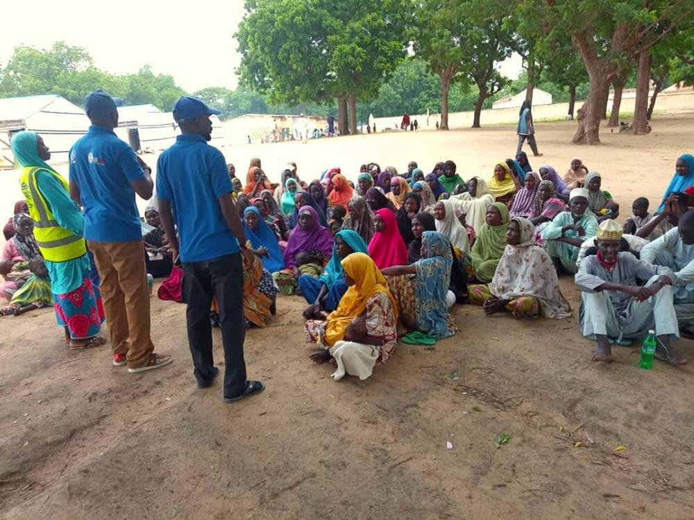 The IOM team conducts a hygiene promotion session for internally displaced persons in Bama, Borno State, Nigeria  Credit:IOM