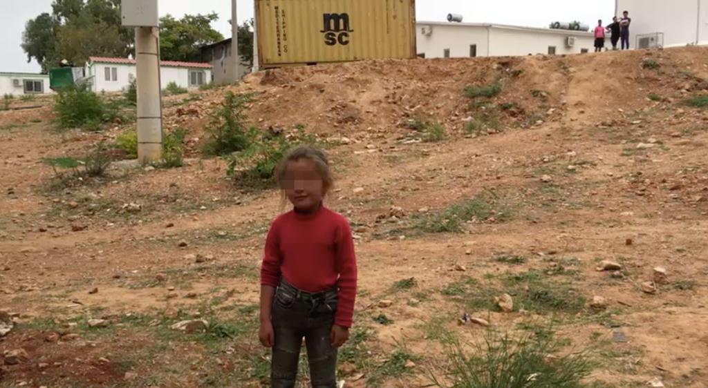 أكثر من نصف اللاجئين في مخيم مالاكاسا غير مسجلين والظروف صعبة هناك وخاصة للأطفال المحرومين من التعليم ولا أماكن مخصصة لهم!