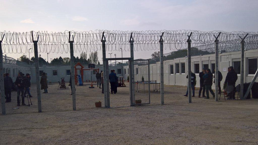 Le camp de Tompa, à la frontière serbo-hongroise. Crédit : HCC /Attila Poth