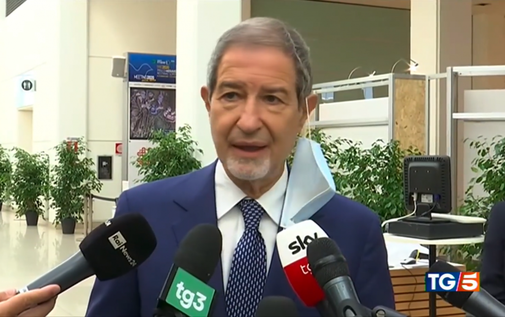 Le président de la région de Sicile, Nello Musumeci | Photo: Screenshot TG5