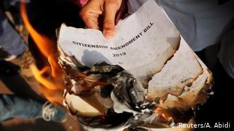 عکس از آرشیف دویچه وله Reuters- A.Abidi/ هند قانون شهروندی بحث برانگیز را سرانجام تصویب کرد.